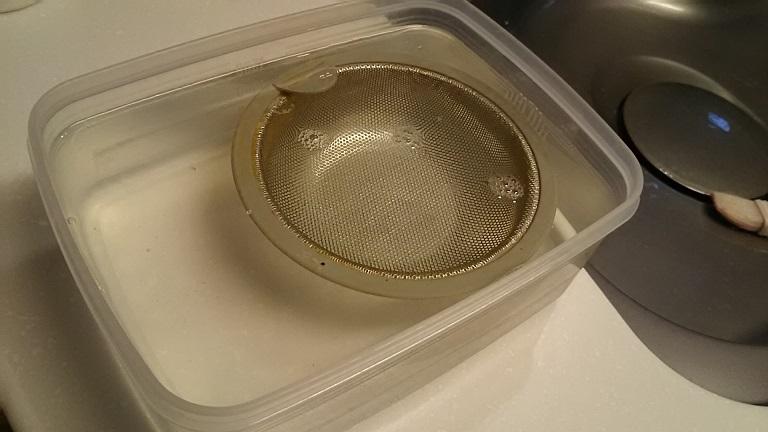 キッチン排水溝の部品をドボ付け