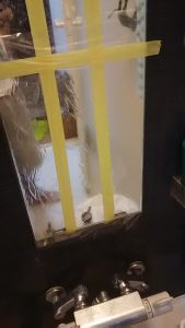 浴室の鏡汚れの実験中