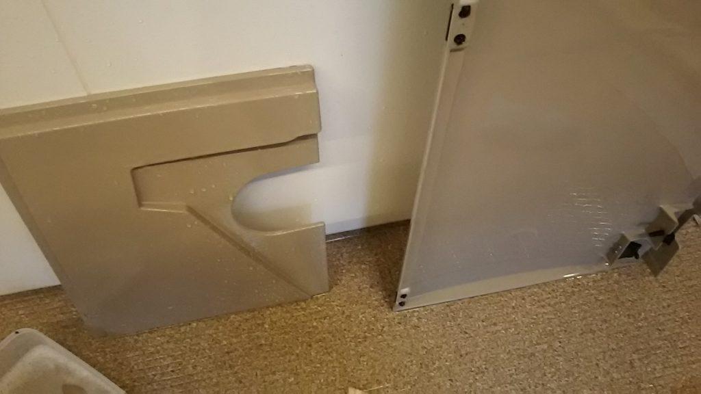 バスタブ正面の板