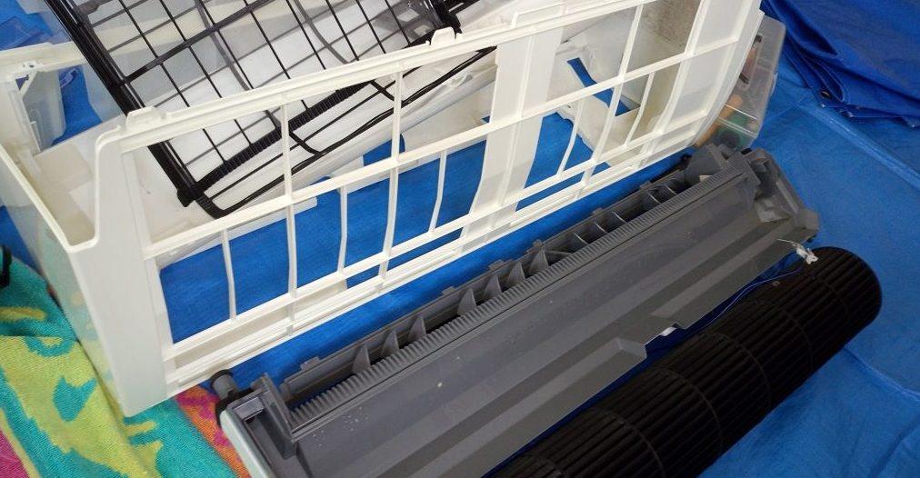 エアコン分解クリーニング洗浄 愛知県江南市 お掃除ロボット