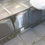 【作業事例】愛知県名古屋、清須、小牧で玄関タイルの汚れ除去の様子です。