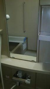 清掃後の浴室鏡