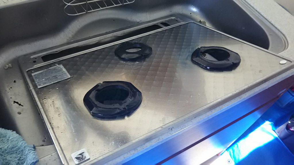 ガスコンロのおそうじ方法 油汚れ コゲ 解体 分解 五徳 金ダワシ ガラストップ IH