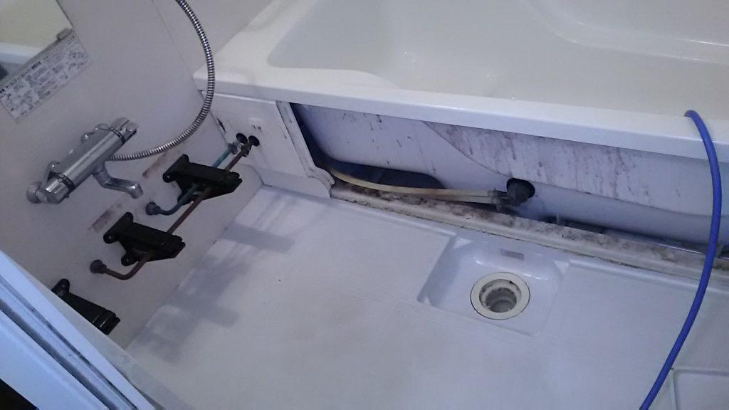 浴室の汚れ