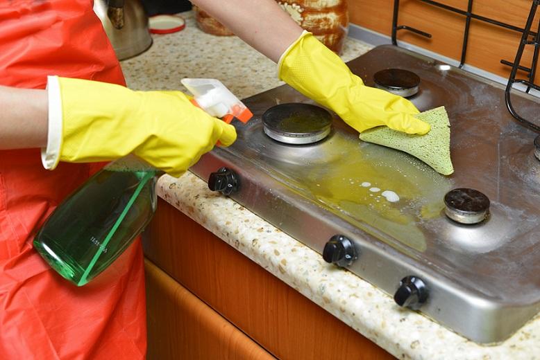 キッチン周りの油汚れの落とし方
