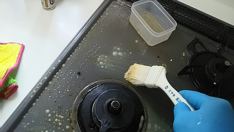 リンレイのウルトラハードクリーナー 市販品 油落とし用洗剤 強力 強アルカリ 苛性ソーダ